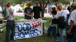 Food not Bombs Sarasota 2007